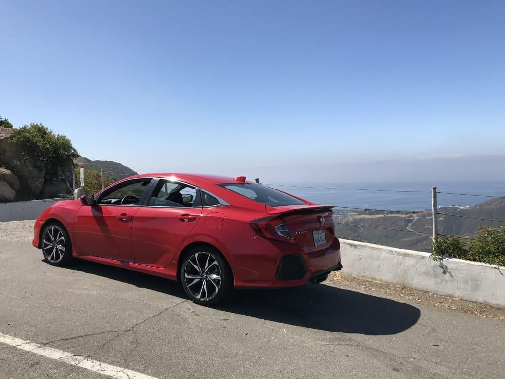 2017 Honda Civic Si Rear Quarter View